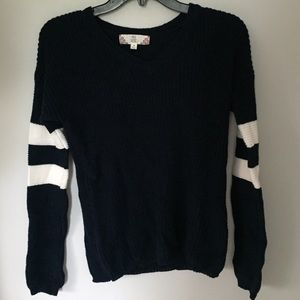 Trendy Navy Blue sweater with stripped sleeves